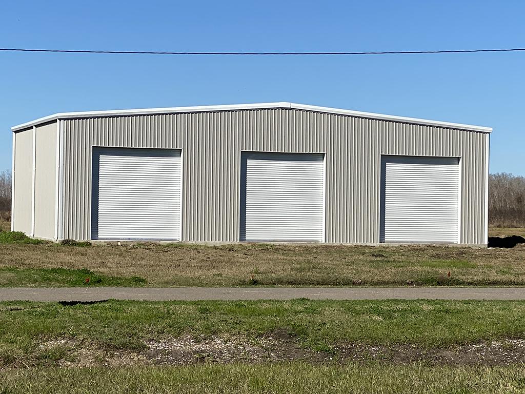 Metal Buildings With Overhang